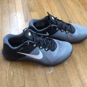 Women's Nike training sneaker